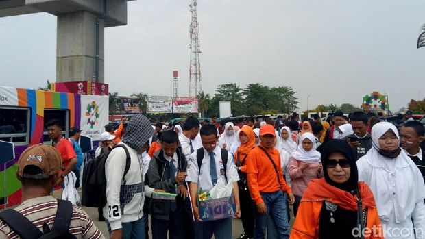 Penonton di Jakabaring Sport City