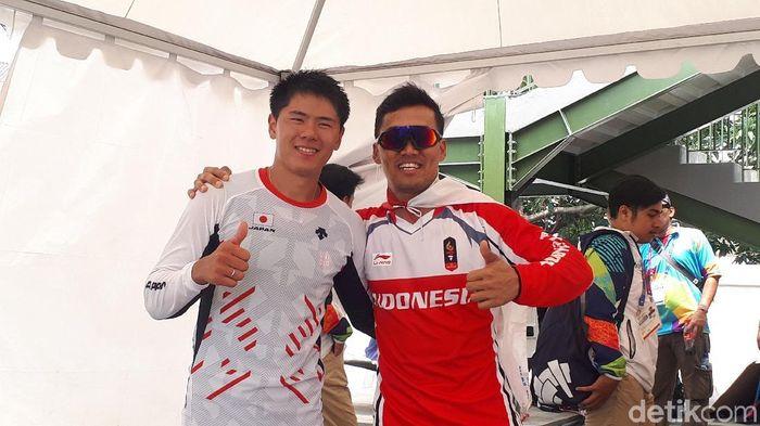 I Gusti Bagus Saputra, pebalap BMX dan atlet Jepang Yoshitaku Nagasako (Mercy Raya/detikSport)
