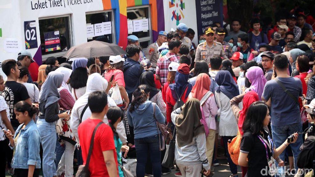 Loket Tiket Bulutangkis Asian Games Dipadati Pembeli