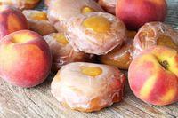 Ini Peach Donat yang Hits, Peach Bentuk Pipih Kayak Donat