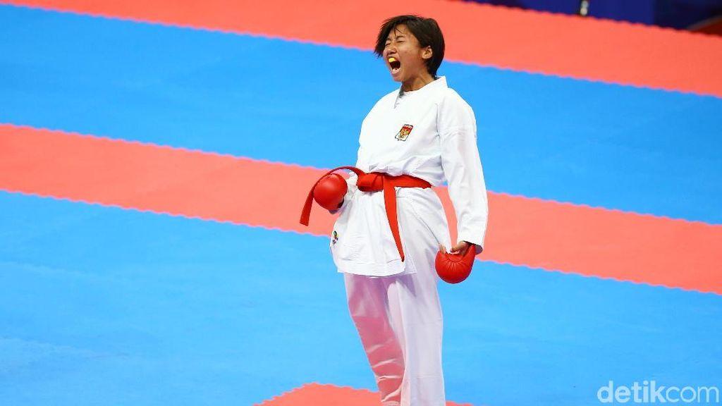 Karate Putri Sumbang Perunggu