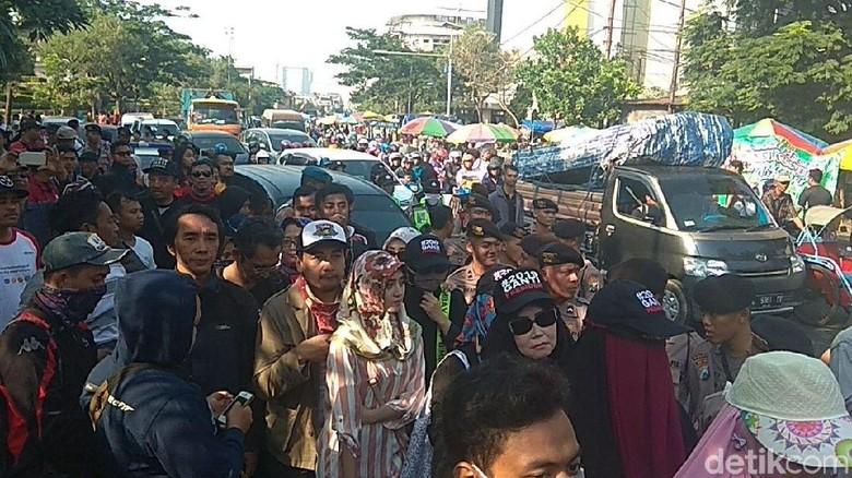 Aksi #2019GantiPresiden Dibubarkan, ke Mana Ahmad Dhani dan Neno?