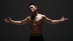Mixed Martial Arts (MMA) lagi naik daun semenjak kemenangan Khabib Nurmagomedov melawan McGregor. Ternyata, deretan seleb ini juga geluti MMA, lho.