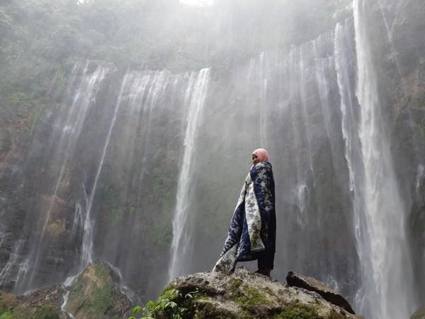 Konon spot terbaik untuk berfoto adalah dari dasar air terjun. (Annisa Fitriah/dTraveler)