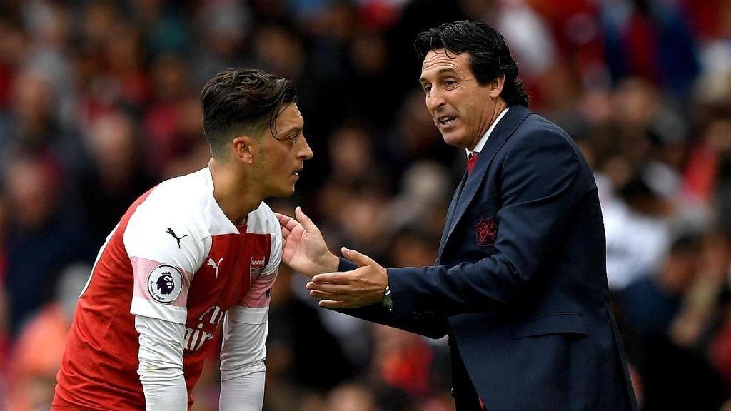 Oezil Bisa Jadi Kunci Arsenal Menuju Empat Besar