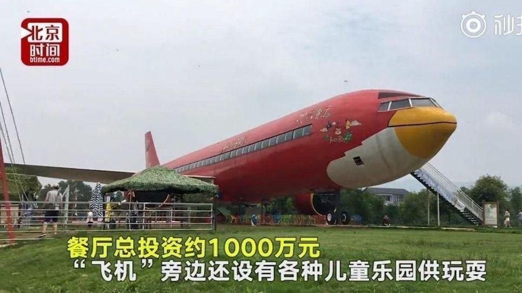Wow, Pria Ini Habiskan Rp 21 M untuk Bikin Resto Pesawat Angry Birds!