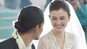 Resepsi Pernikahan Kimberly Ryder-Edward Akbar Bernuansa Biru