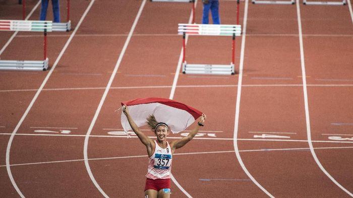 Emilia Nova meraih medali perak lari gawang 100 meter di Asian Games 2018 (Foto: ANTARA FOTO/INASGOC/M Agung Rajasa/18)