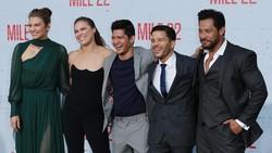 Sangarnya gaya olahraga Sam Medina yang ikut beradu akting di film mile 22 bersama Iko Uwais. Enggak percaya lihat saja yang satu ini.