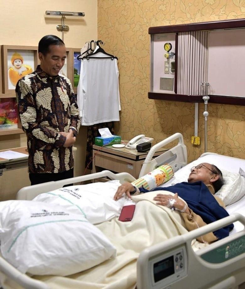 Jokowi Sampaikan Duka Mendalam Indonesia atas Meninggalnya BJ Habibie
