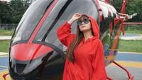 Dinar Candy, DJ yang tengah naik daun itu juga mengucapkan rasa duka atas jatuhnya Lion Air. Ia pun mengatakan bahwa dirinya masih trauma atas kejadian Air Asia sebelumnya, dan kini kejadian lagi di Lion Air.Dok. Instagram/dinar_candy
