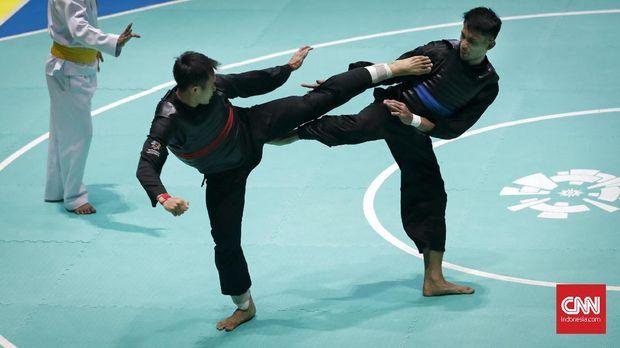 Cabang olahraga silat memberi Indonesia delapan medali emas di Asian Games 2018 hari ini, Senin (27/8).
