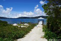 Legenda Unik Danau Laki-laki dan Perempuan di Pedalaman Papua Barat