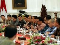 Saat Jokowi Kumpul Bareng Konglomerat Milenial