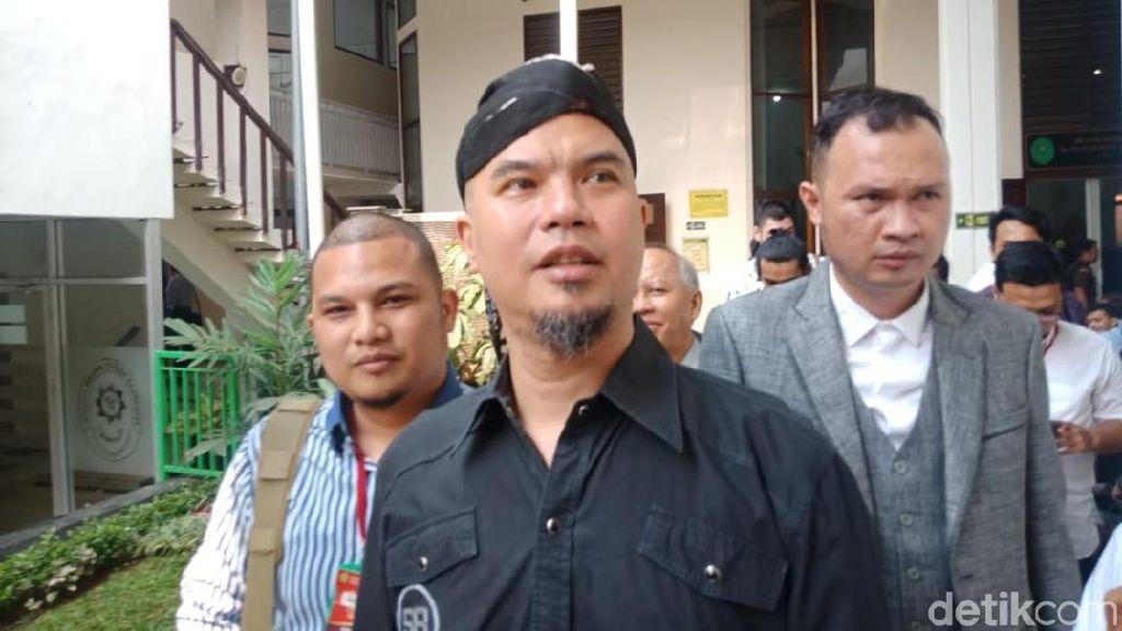 Dituduh Nunggak Utang Ratusan Juta, Ahmad Dhani Bakal Dipolisikan