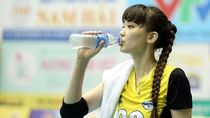 5 Manfaat Bola Voli, Olahraganya Atlet Cantik Sabina Altynbekova