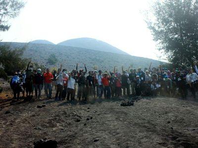 Mengenal Lebih Dekat G   unung Anak Krakatau yang Legendaris