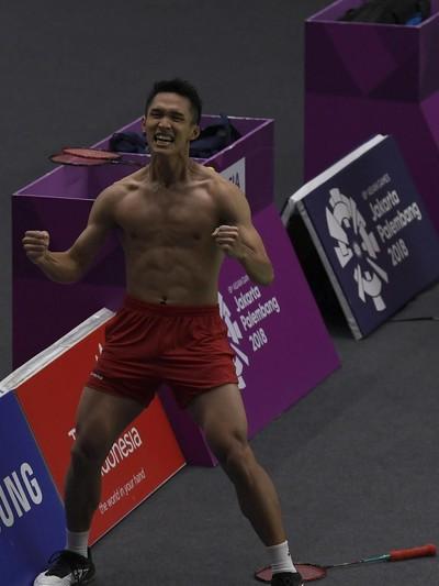 Jonatan Christies saat berteriak bahagia karena meraih medali emas Asian Games 2018. Foto: ANTARA FOTO/INASGOC/Puspa Perwitasari
