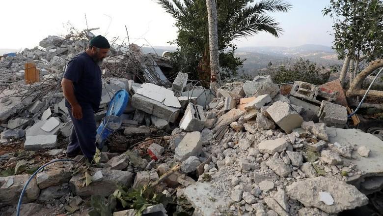 Israel Hancurkan Rumah Remaja Palestina Penyerang Warganya