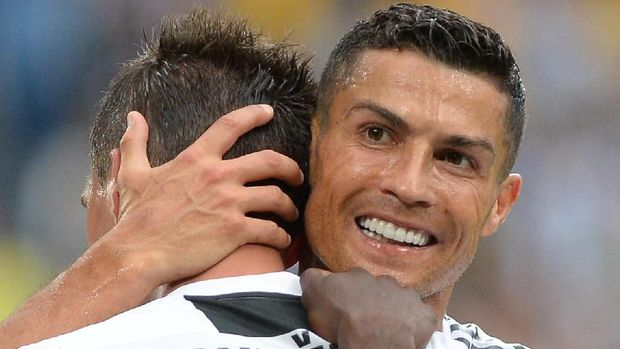 Ronaldo kerap dipasangkan sebagai striker jika Mario Mandzukic ikut dimainkan. (
