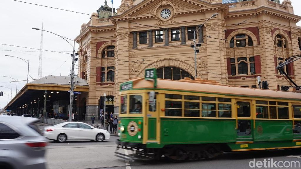 Jalan-jalan Keliling Melbourne, Bisa Naik Tram Gratis!