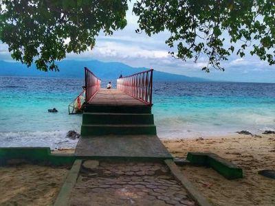 Pantai Liang, Kecantikannya Tak Boleh Dilewatkan
