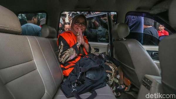 Eni Saragih Ngaku Petugas Partai, Bicara Perintah Kawal PLTU Riau-1