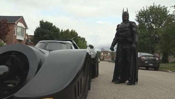 Duh! Batman Ditilang Polisi?