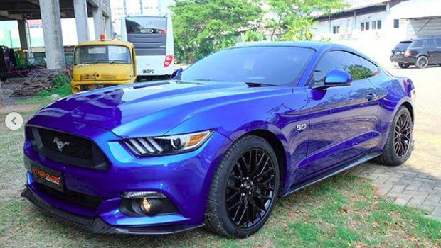 Ford Mustang Kevin Sanjaya