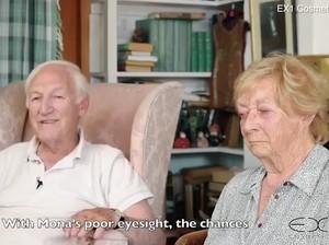 Romantis Hingga Bikin Terharu, Kakek Ini Dandani Istri Buta Sepenuh Hati