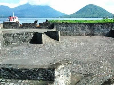 Ternate dan Benteng-bentengnya