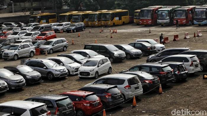 Pemprov DKI Jakarta telah menyiapkan tempat parkir bagi penonton Asian Games. Salah satu lokasinya berada di kawasan Jalan MH Thamrin.