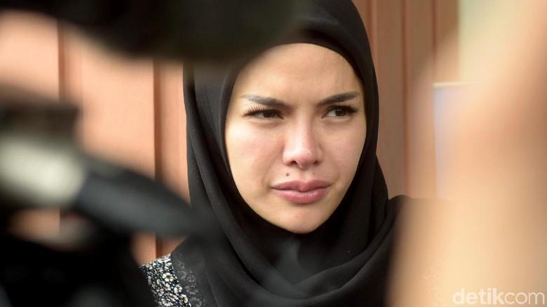 Hari Ini, Polisi Periksa Nikita Mirzani Soal Tuduhan Minta Rp 5 M