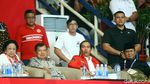 Melihat Lebih Dekat Kemesraan Jokowi-Prabowo di Arena Pencak Silat