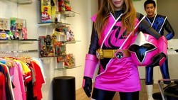 Chrysti Ane terkenal karena perannya sebagai pahlawan super Power Ranger Pink. Di dunia nyata ia adalah model sekaligus pelatih kebugaran.