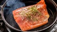 Ini 6 Trik Bikin Salmon Panggang Seenak Buatan Restoran