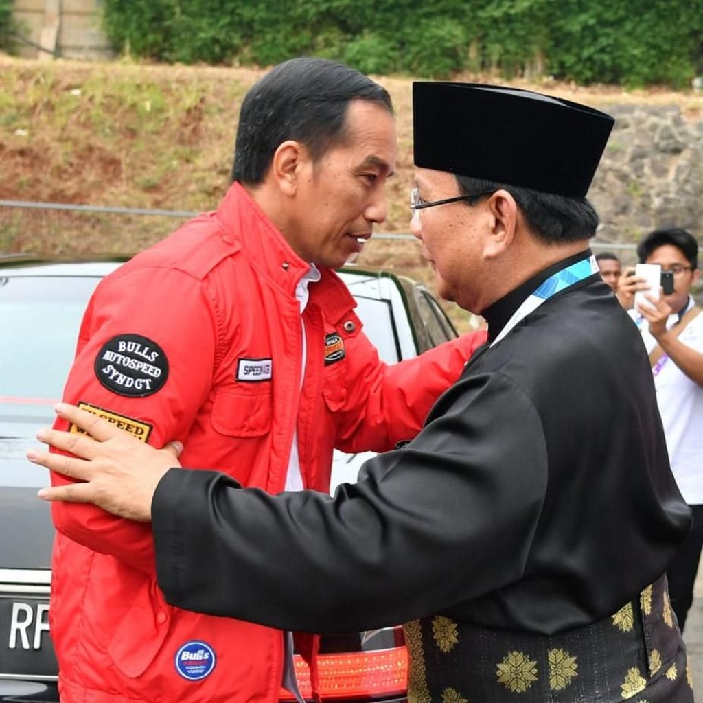 Pertarungan Jokowi-Prabowo di Jateng dan Peringatan Baratayuda Amien