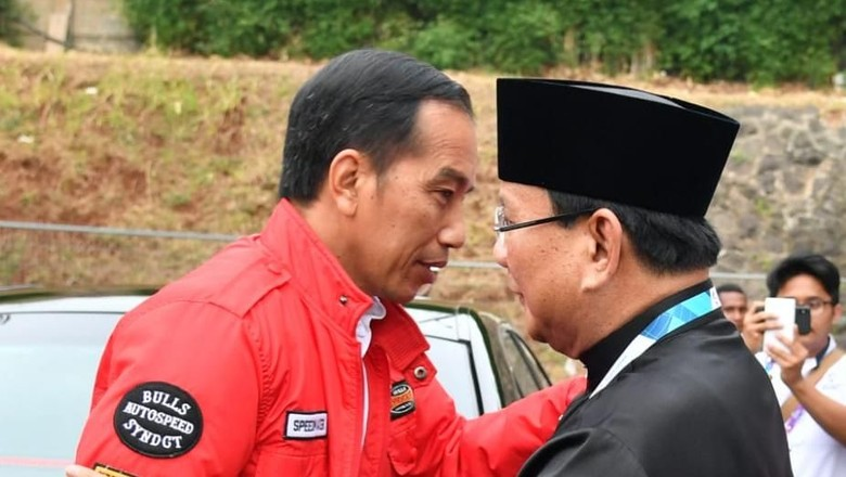 Hashim: Survei Internal Gerindra Jokowi Unggul 6-11%