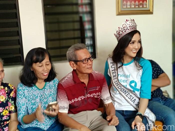 Semua orang tahu kanker, tapi kebanyakan mereka tidak sadar untuk menerapkan gaya hidup sehat, ujarnya di rumah singgah kanker CISC, Kemanggisan, Jakarta Barat, Selasa (28/8/2018). (Widiya/detikHealth)
