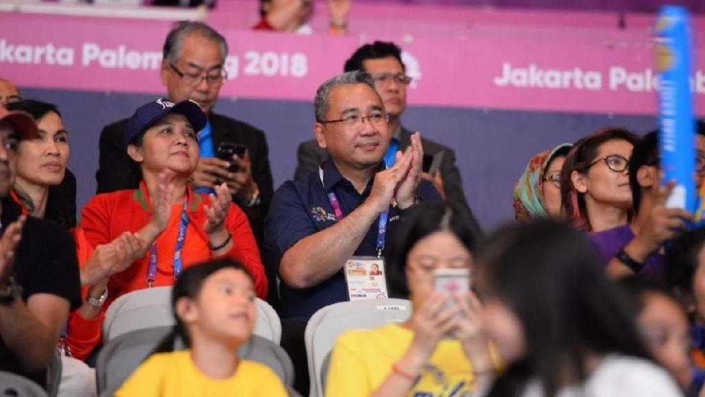 Saksikan Asian Games, Mendes Apresiasi Perjuangan Atlet Senam RI