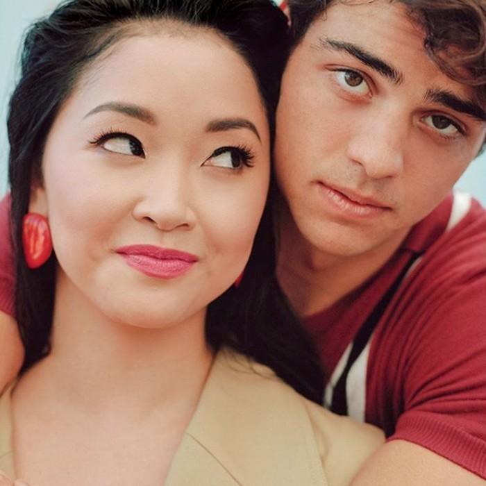 Romantisme bintang utama film To All The Boys Ive Loved Before.