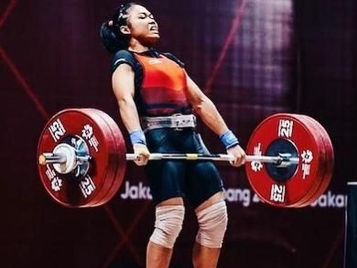 Acchedya Jagaddhita awalnya menekuni olahraga angkat besi karena mengikuti jejak ibunya, Supeni merupakan peraih perak Asian Games Hirohisma, Jepang 1994. Sekarang justru ia sudah kepalang jatuh cinta dengan olahraga yang satu ini. (Foto: Instagram)