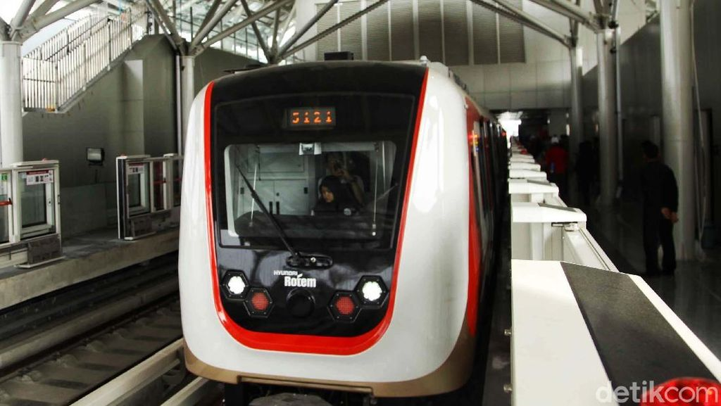 LRT Jakarta Batal Beroperasi Sebelum Lebaran