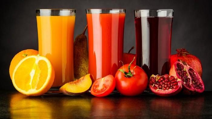 Kandungan nutrisi bermanfaat jus buah akan berkurang seiring berjalannya waktu. (Foto: Istock)