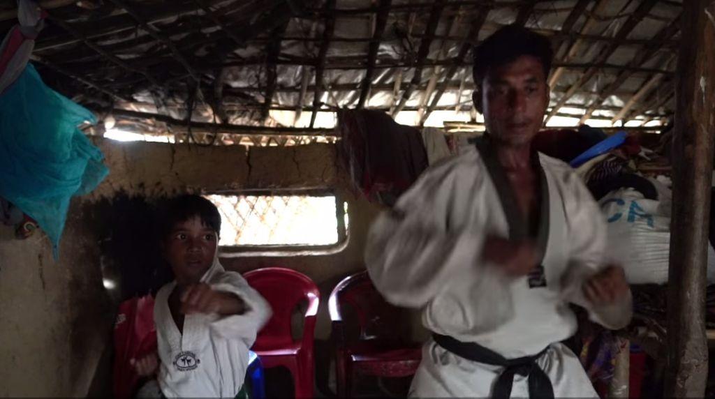 Kisah Inspiratif Pengungsi Rohingya yang Ajari Anaknya Taekwondo