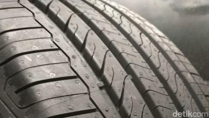Goodyear meluncurkan ban Assurance Triplemax2. Ban untuk mobil penumpang kelas menengah.