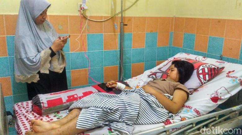 Bocah SD yang Tak Bisa Jalan Usai Imunisasi MR Dipindah ke RS