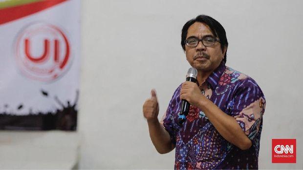 Ade Armando Laporkan Prabowo dan Rizieq soal Deklarasi Menang
