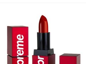 Supreme Akan Rilis Lipstik Merah, Netizen Tebak Harganya Selangit