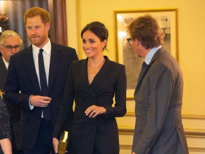 Terungkap! Kado Romantis Pangeran Harry untuk Meghan Sebelum Menikah